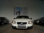 Volvo C30 1,6 D Kinetic bei Neu- und Gebrauchtwagen – Lauterach | Feldkirch – Autohaus Niederhofer in Ihre Fahrzeugfamilie